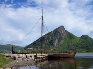 viking longship att. Paul Berzinn