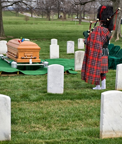 The History of Piping for Fallen Heroes in the US