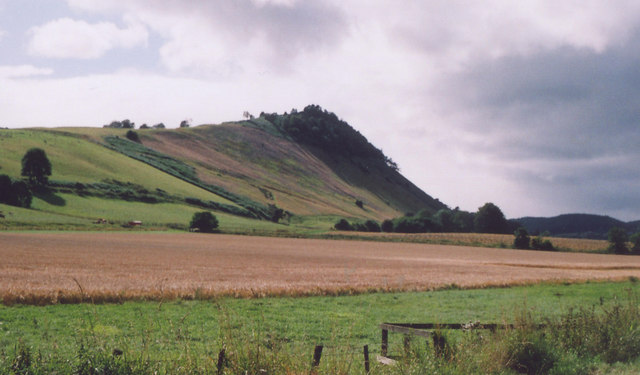Knockfarrel hill also known as the cat's back at Drumchatt where the clan battles are said to have taken place