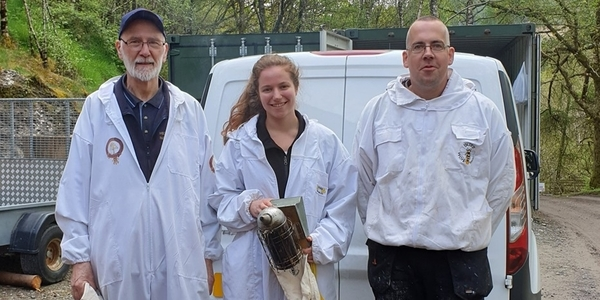 Stewart and Katherine in bee suits