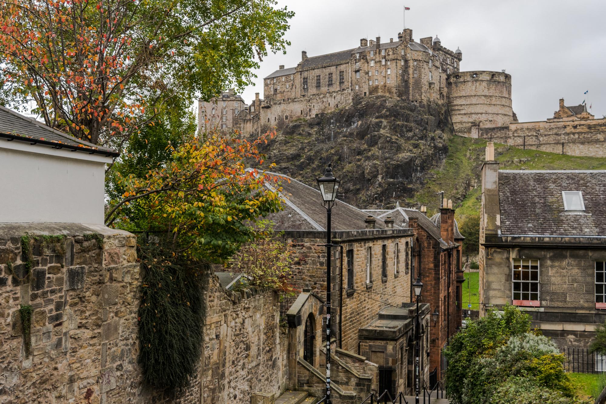 The view of Edinburgh Castle from The Vennel, Edinburgh