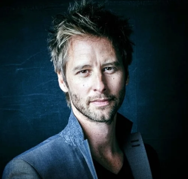 Chesney Hawkes, no less handsome then he was 30 years ago when his career began!